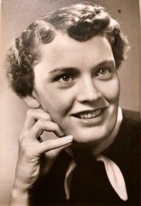 "Lorna ""Marguerite"" Keizer"